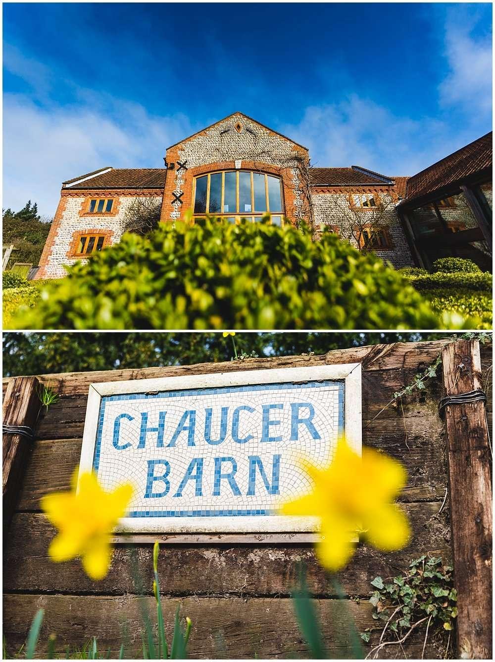 chaucer barn wedding photography norfolk wedding